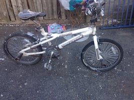 Mongoose bike with original pedal ant tires and rims