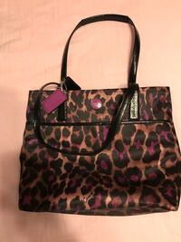 COACH purse  Frederick, 21701