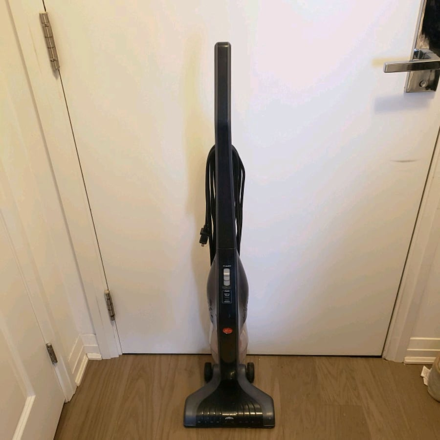 Hoover corded cyclonic stick vacuum