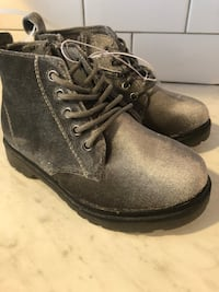 Sizes 8&9 Kids silver boots Woodbridge Township