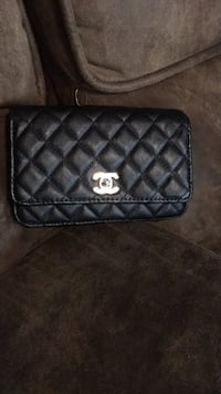 Quilted black chanel leather crossbody bag Bay View Gardens, 61611