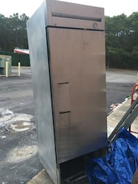 Commercial refrigerator as is Brookhaven, 11763