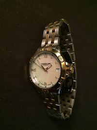 Ladies Gold Watch 538 km