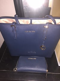 Brand new Michael Kors purse and wallet lost receipt and cat return $260 for purse $140 for wallet Lincoln Park, 76227