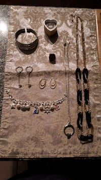 Selection of Fashion Jewelry  Montreal, H8N 1L7