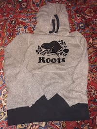 Used Roots Hoodie Sweater  Markham, L3T 2E9