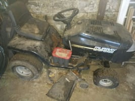 "Murray 42"" Riding Mower - for parts, doesn't work"