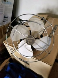 Fan antique wire frame steel fins