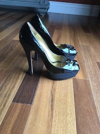 Leather Bebe shoes 7 Brossard, J4Y 2J7