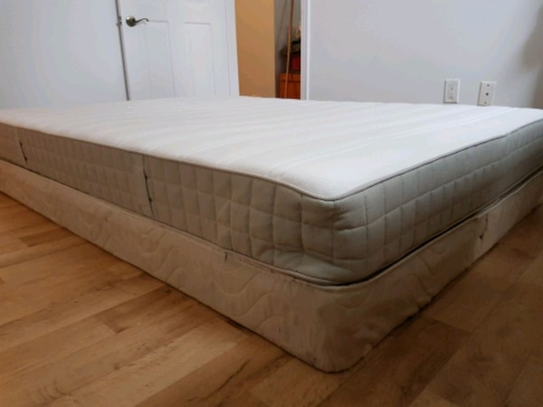Double size mattress and bed support  14a6731c-a47f-40a1-85a2-43b551021145
