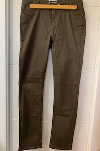 Militar Green trousers size 40 Madrid, 28016