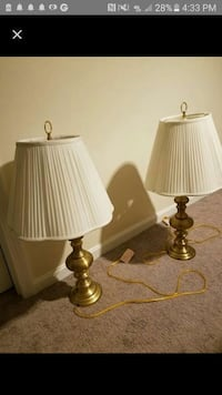 2 gold lamps