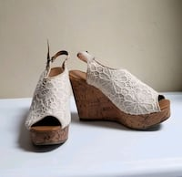Lace Floral Wedges Gettysburg, 17325