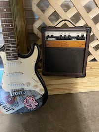 Electric Guitar RARE Jim Beam and Montgomery Gentry with Amp