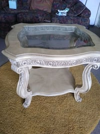 white wooden framed glass top coffee table Hyattsville, 20781