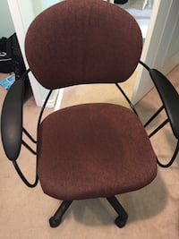 Comfortable Office Chair  Calgary, T3J 5A6