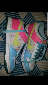 pair of gray-and-pink Nike running shoes Eugene, 97402