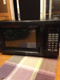 700 watt microwave not used Westminster, 21157