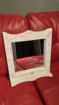white and pink wooden photo frame Mont-Saint-Hilaire, J3H 3C4