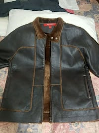 Report winter leather jacket and fur inside