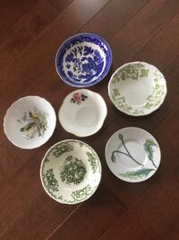 $3.00/ takes all/Collection of small bowls/ dishes/ no chips Ottawa, K2G 6V6