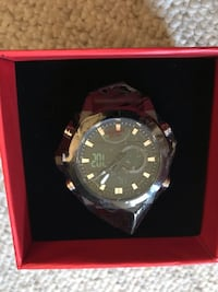 Sports watch with pretty gift box Virginia Beach, 23452