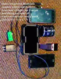 black Android smartphone with holder and charger Memphis, 38108
