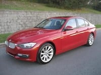 BMW 320i - XDrive AWD - 4 portes - ROUGE -  [PHONE NUMBER HIDDEN] KM - Automatique  MONTREAL
