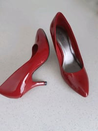 Red high heels (New)