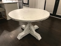 Round farmhouse dining table Clover, 29710