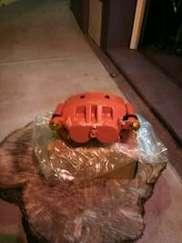 red nissan titan 2012 calipers rotars and pads new Hudson, 34667
