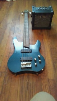ZZ Ryder 4-string bass and Cube amplifier