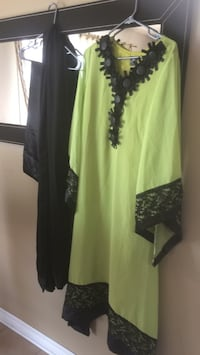 women's green and black long-sleeved dress Laval, H7R