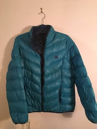 Size XL Women's down feather puffy jacket North Vancouver, V7L 4T1