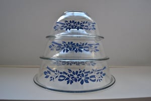 PYREX Blue Ribbon Set of 3 Mixing Bowls:  322, 323, and 325