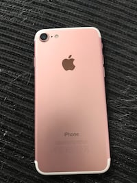 Iphone 7 rosa 32 GB con funda Valencia