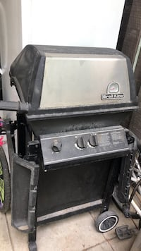 black and gray gas grill Mississauga, L4Y 3X6