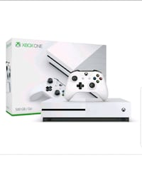 white Xbox One console with controller Toronto, M6M 2N8