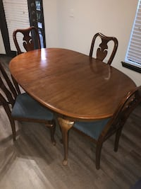 Dining table and chairs set Houston, 77041