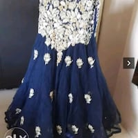 women's white and blue floral sleeveless dress Ahmedabad, 380013