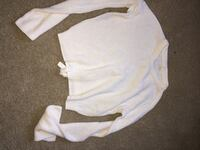 White long sleeve cropped sweater Chilliwack, V2R 1S8