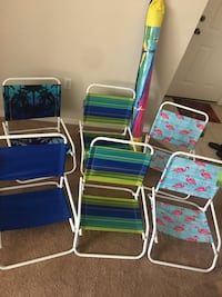 four assorted color folding chairs Maitland, 32751