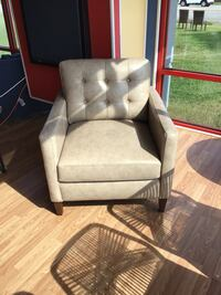 Brand New Leather Club Chair Virginia Beach, 23462