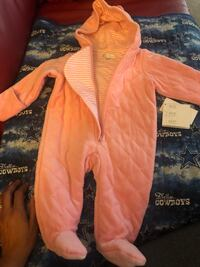 Light pink infant snowsuit  Bryans Road, 20616