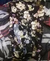black and white floral print pants Surrey, V3R 1Z2