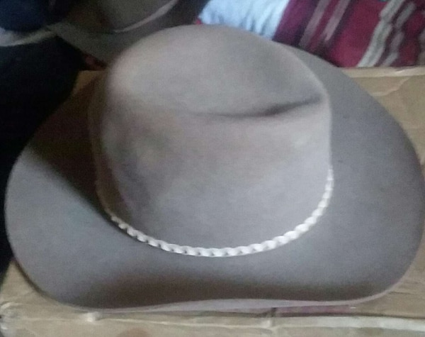 Used Akubra silver spur vintage cowboy hat! for sale in Bakersfield - letgo a20acb66414