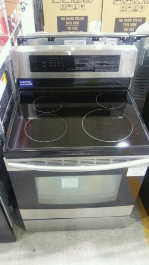 New Samsung Convection range electric