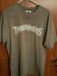 gray Nike Timberwolves crew-neck shirt 1068 mi