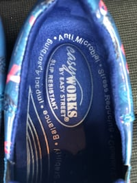 Easy works blue ribbon asking 60 obo only worn once. Size 7 1/2