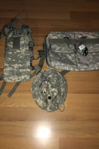 US Army Briefcase and Molle II Hydration Carrier